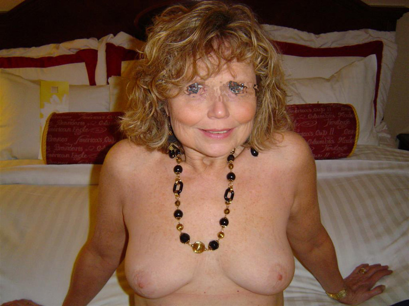 Amateur milf wife wants to fuck right now 9